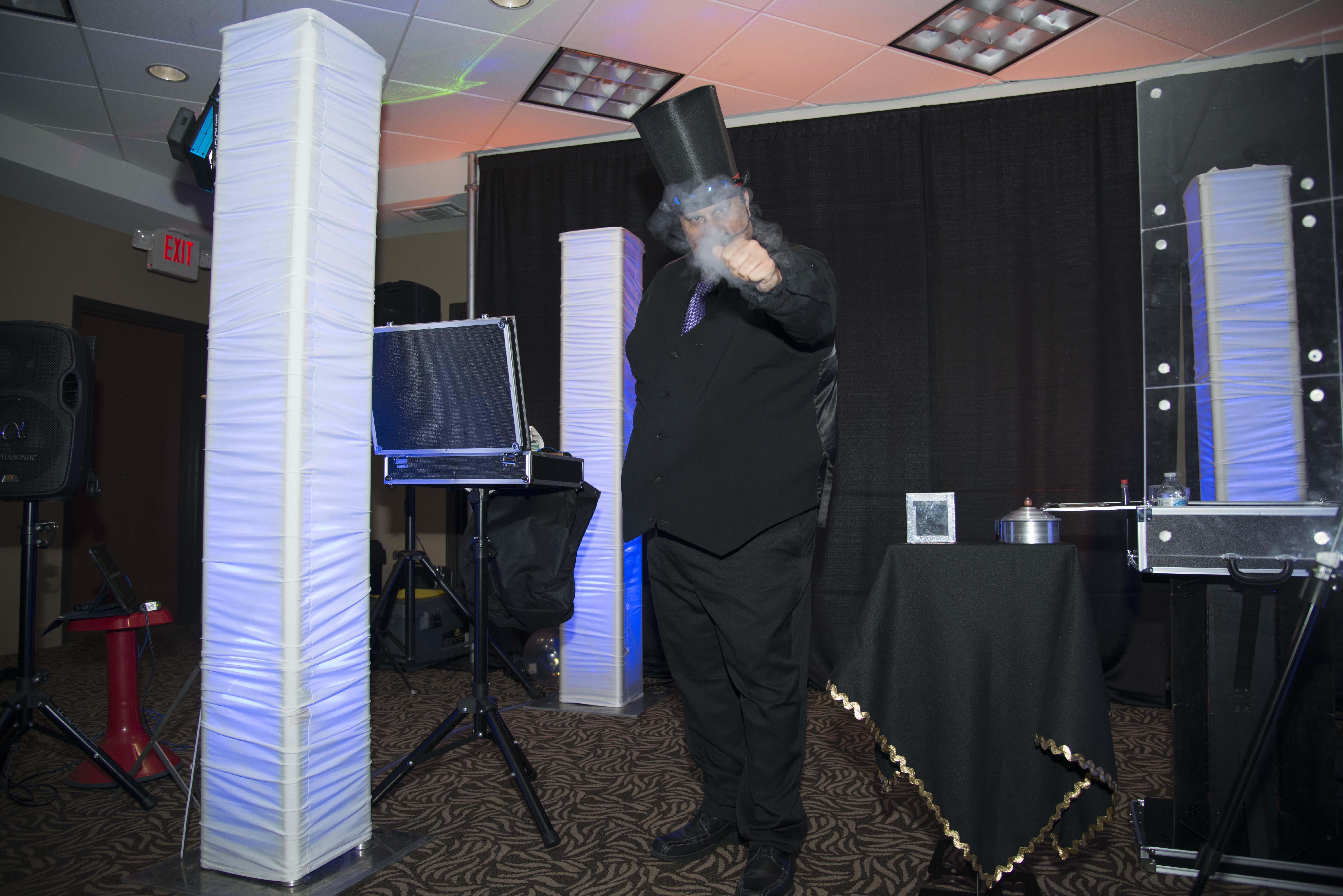 Speaker ♦ Magician Award Show